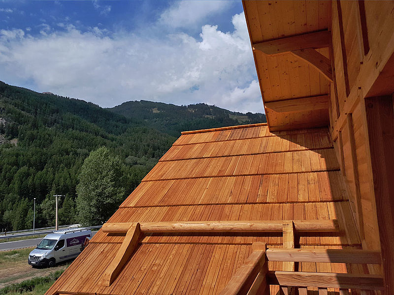 Bardeau mélèze certifié bois des alpes.