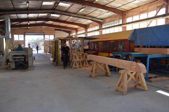 Lombard Vasina workshop for chalet prefabrication