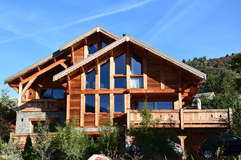 construction Lombard Vasina chalet bois sous l'effet du soleil et de la pluie