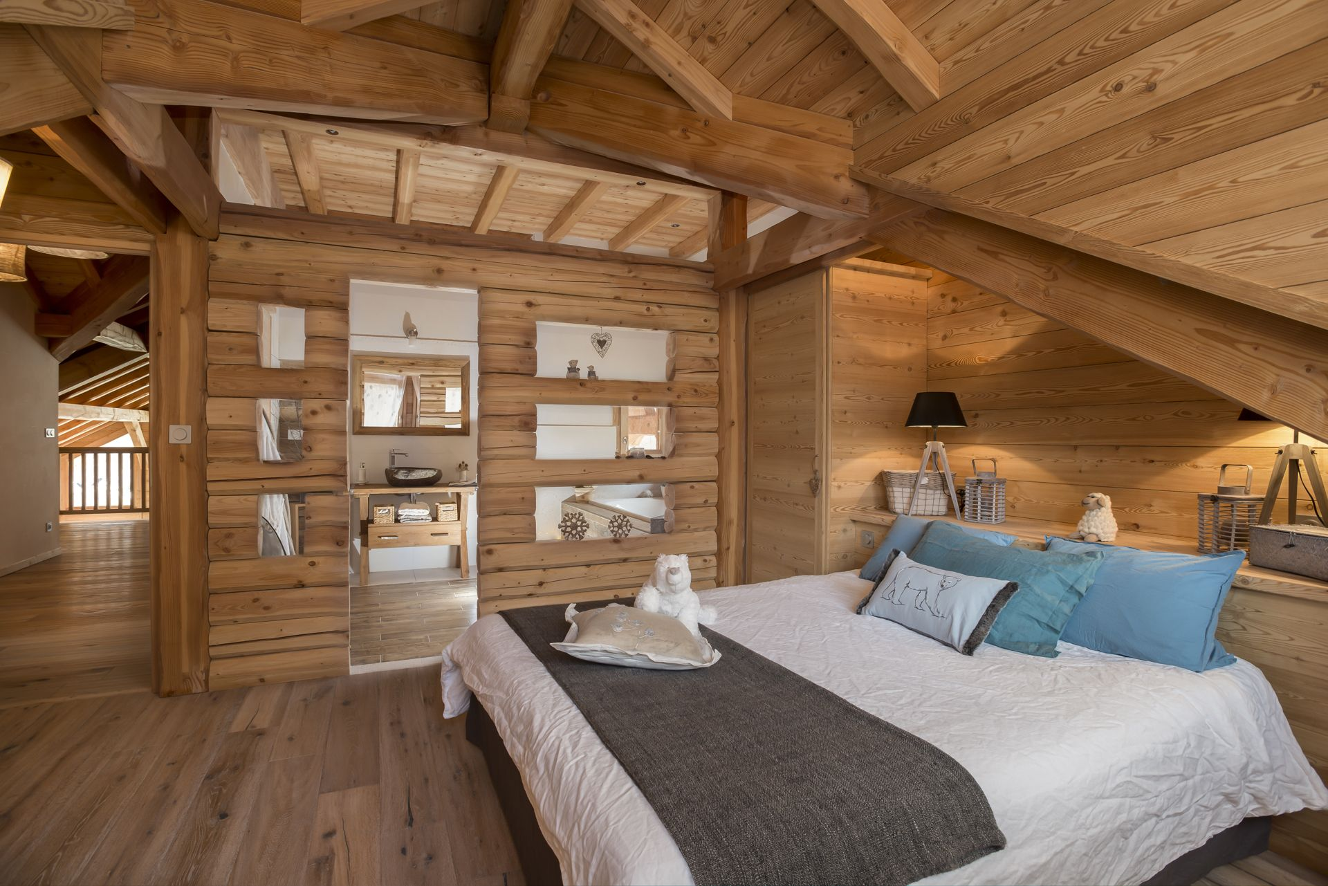 Our Chalets In Pictures Lombard Vasina